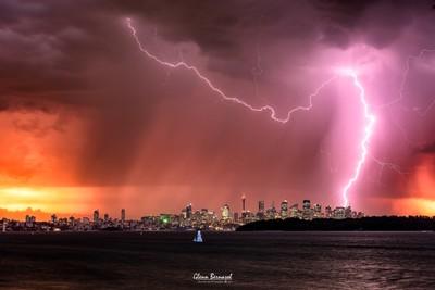 Lightning storm above Sydney CBD