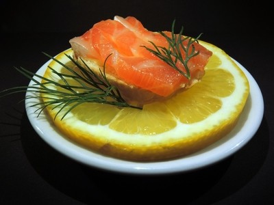 Sandwich with salmon and lemon