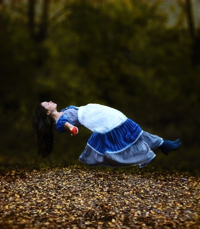Being a Snow White