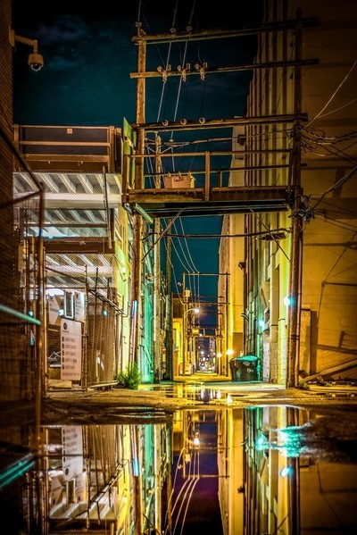 Back Alley Color & Reflect