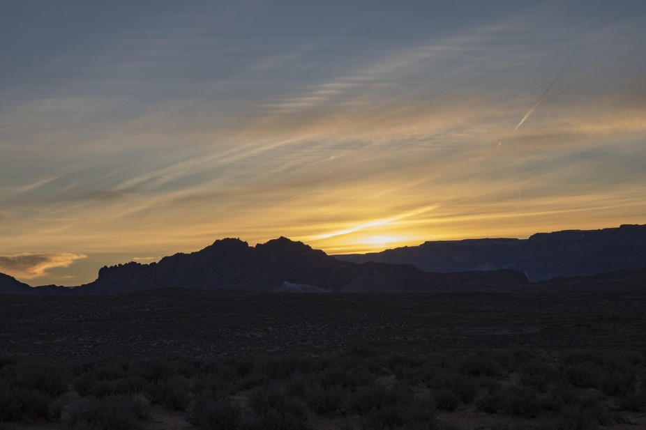 The stray and streaky clouds during sunset in the winter over the Grand Canyon