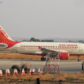 The A319-112 of Air India is one of the only operators to Aurangabad Airport, Maharashtra. Though Air India has also also sent A320s or A321, thi...