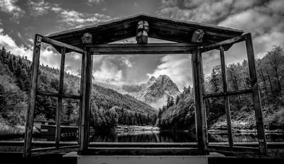 Window Lookout Riessersee
