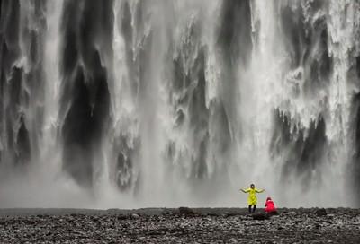 Spirits_of_Skogafoss_Iceland