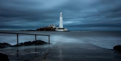 St Marys Lighthouse - Whitley