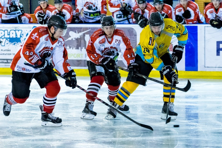 Solihull Barons against Sutton Sting ice hockey match