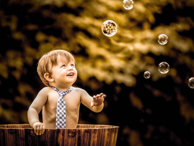 Bubble Boy by mamamangan - Bubbles Photo Contest