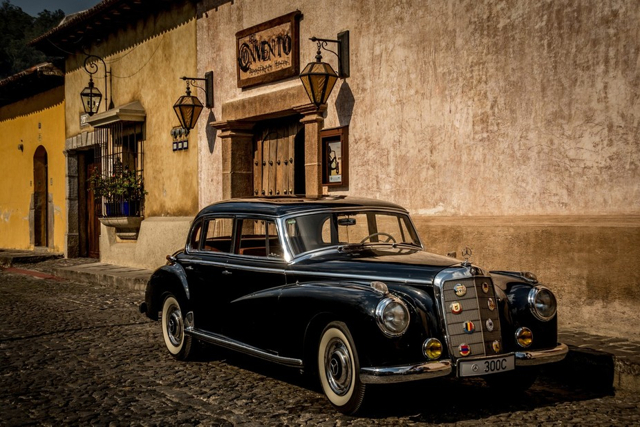Old car - Mexico  Antigua
