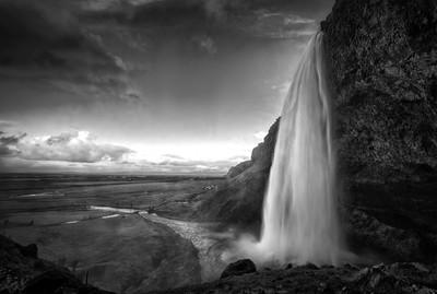 Seljalandsfoss at dusk