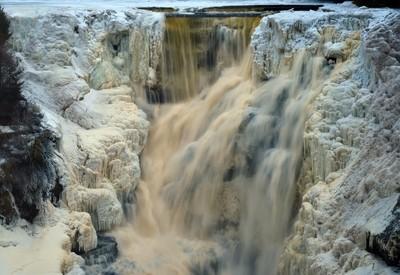 Frozen Kakabeka Falls