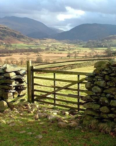 Lakes Land Gate