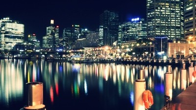 A warm night at Darling Harbour, Sydney, with just a handheld shutter