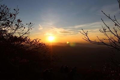Sun sets on Shenandoah