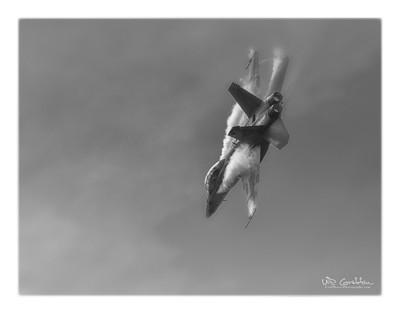 F18 Super Hornet B&W