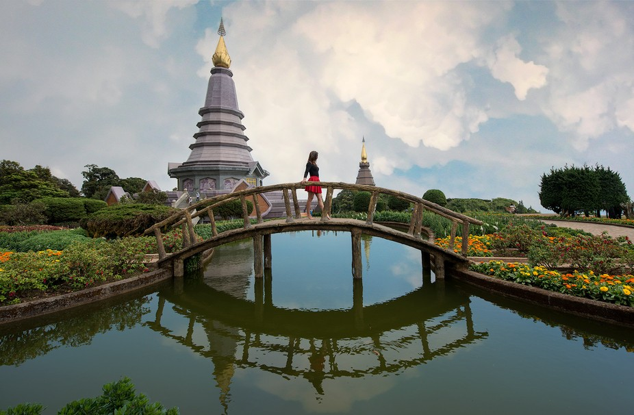 Just having a good time at the Royal Palace (Doi Inthanon) in Northern Thailand.