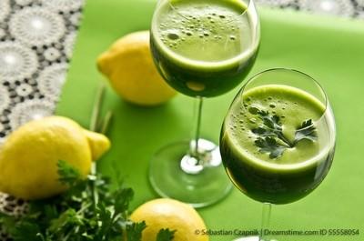 Parsley vegetable drink 55558054