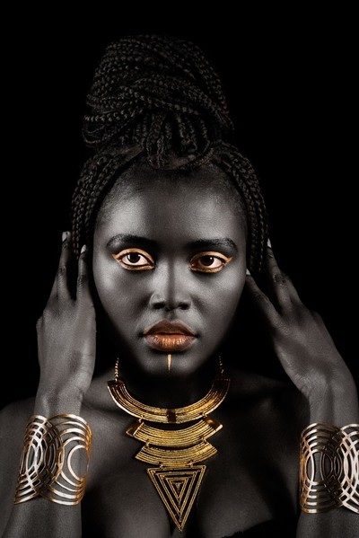 Gigi Black & Gold
