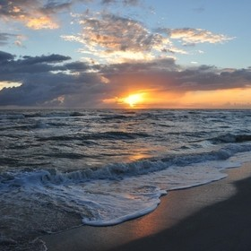 Sunset at Bowman's Beach, Sanibel Island, FL - We got here just in time to walk the beach and catch a wonderful Gulf sunset.