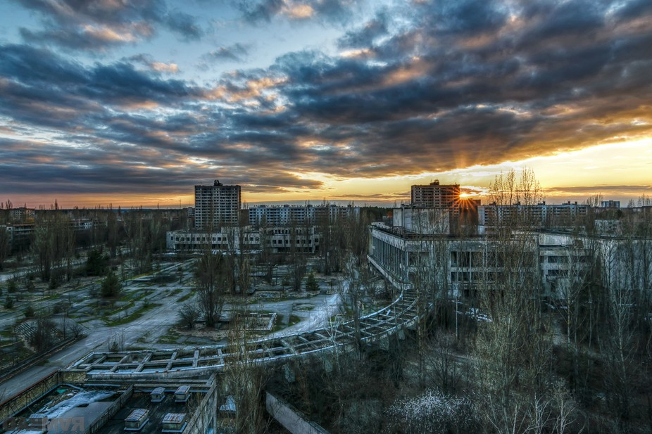 sunset over pripyat, a city who had once 50.000 residents