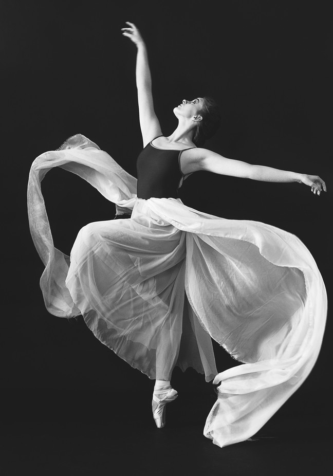 Flight by omayraespinovzquez - Lets Dance Photo Contest