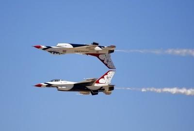 Thunderbirds Inverted Mirror Pass