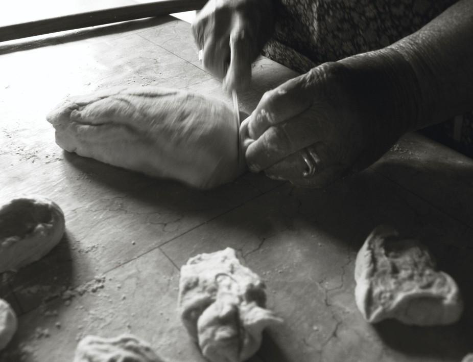 hands of giagiaka mou