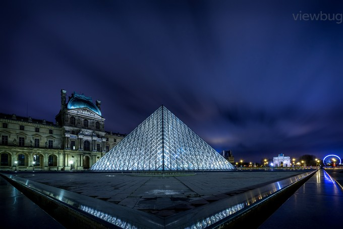 Enlightened Louvre by ivanqwish - Paris Photo Contest