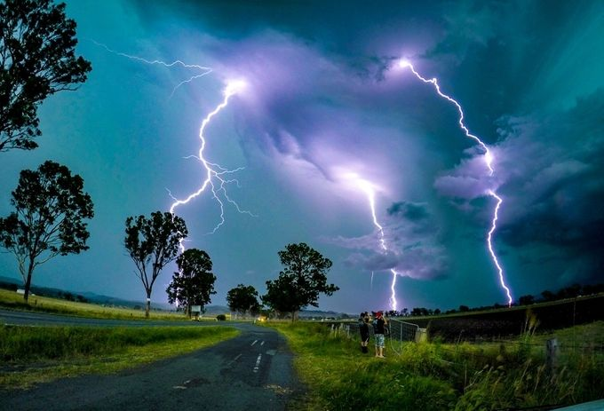 Intense lightning over Beaudesert by DanMarshall91 - Experimental Light Photo Contest