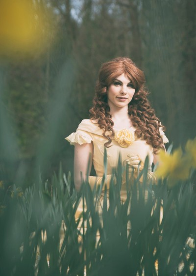 Belle amongst the Daffodils