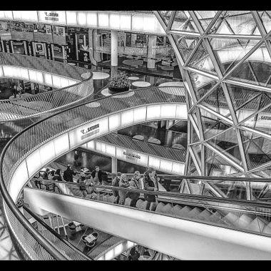 Architecture in b/w