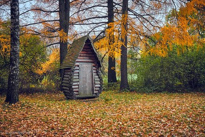 little fairytale house...