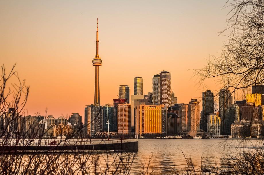 Amazing sunrise in Toronto  Instagram / Twitter / Email