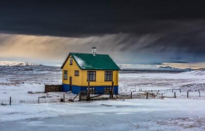 Lone_House_Porufoss_Iceland_2