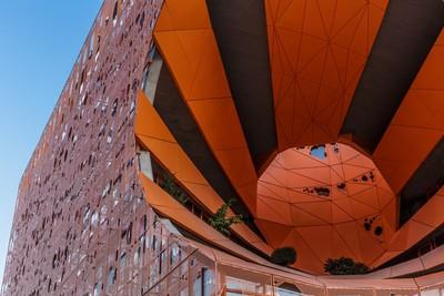 Le Cube Orange