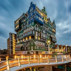 The Inntel Hotels Amsterdam Zaandam is a visually stunning 4 star hotel has an impressive façade. The structure is a lively stacking of various ...
