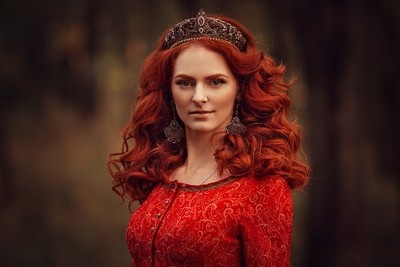 Red Queen | Liliya Nazarova