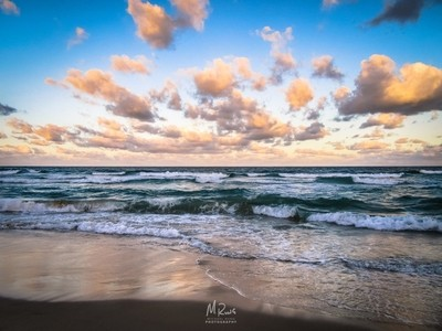 Infinite Clouds | Noosa Beach, Australia