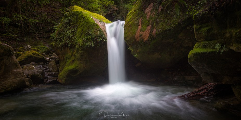Lower Chasm Falls is one of the most beautiful waterfalls in Tasmania. It requires a little bit o...