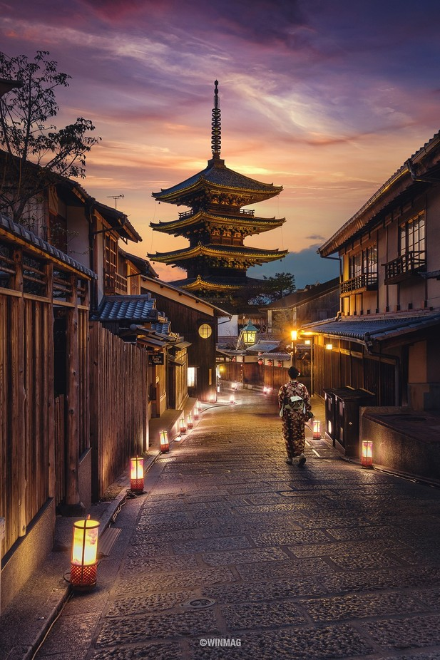 Path to Yasaka by winmagsino - Explore Asia Photo Contest