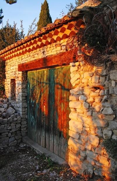 Weathered door in Seguret
