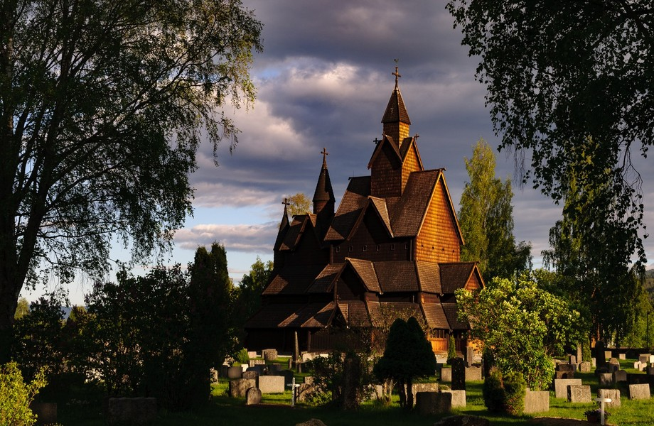 After a long May day we were heading back to Oslo when as the shadows were lengthening we came across this magnificent stave church at Heddal near Notodden.  This is the largest stave church in Norway built in the 13th century