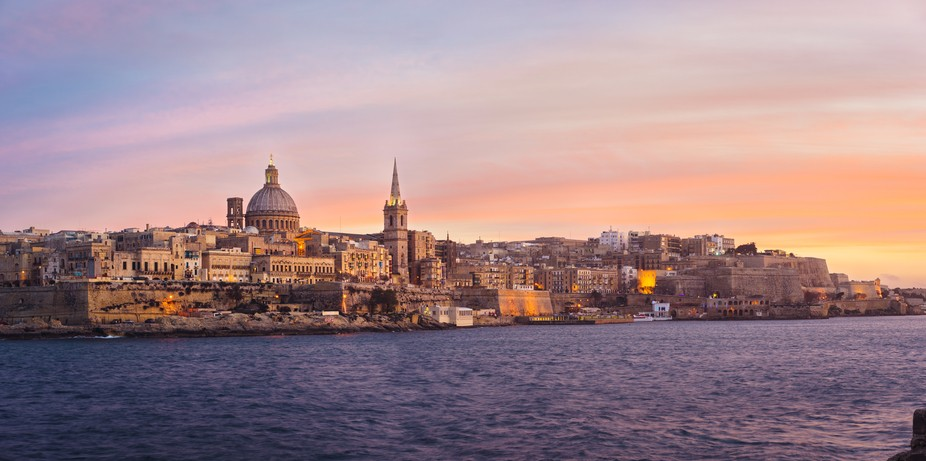 It was the most amazing evening of my trip to the Island of Malta. After a stormy day we were rew...