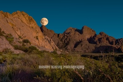 RKP-10800 x 7200-Hunter Super Moon Over the Organs - New Mexico 320161