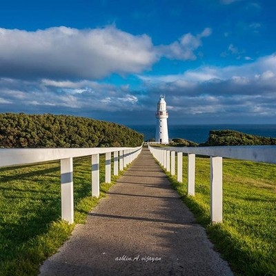 Cape Otway lighthouse. The oldest and significant one in Australia. #vsco #photograph #photooftheday #eveingsky #lighthouse #pathway #symmetry #eyemphoto #eyeemphotography #welovethisplace #nature #heritage #otway #capeotwaylighthouse #capeotwaylightstati