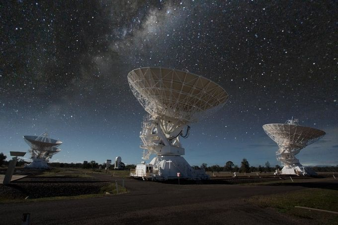 Parkes radio telescopes - Parkes, NSW - Australia by dallasnock_photography - Night Wonders Photo Contest