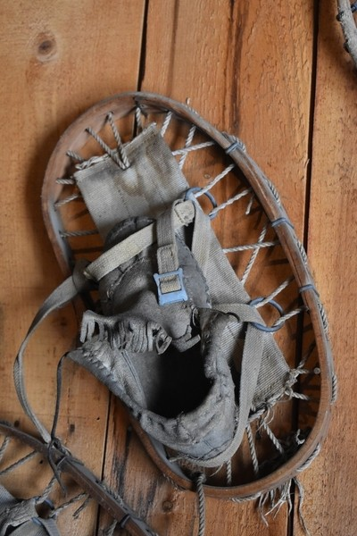 Snowshoe from another era