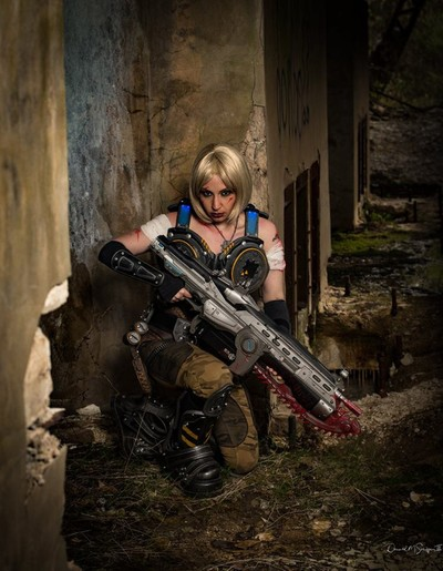 Anya, Gears of War