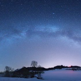 After a winter-comeback with much snow in eastern Switzerland, I cached this Milkyway end of April 2017. Right above a dairy farmers home :-)