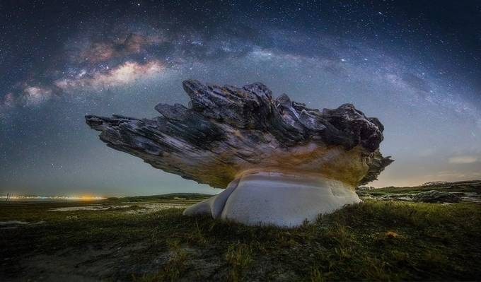 Mushroom rock under the milky way by TonyLaw - Long Exposure In Nature Photo Contest