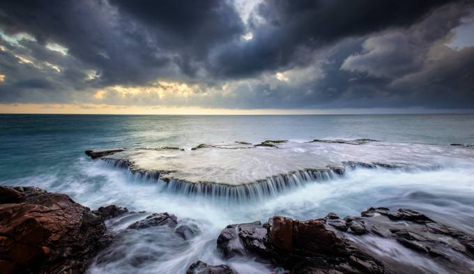 Sea falls  by tunnguyn - Curves In Nature Photo Contest